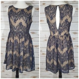 Forever 21 Nude Effect Navy Blue Lace Dress Size M